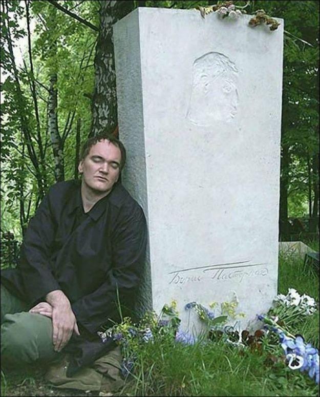Квентин Тарантино на могиле своего кумира Бориса Пастернака, 2004