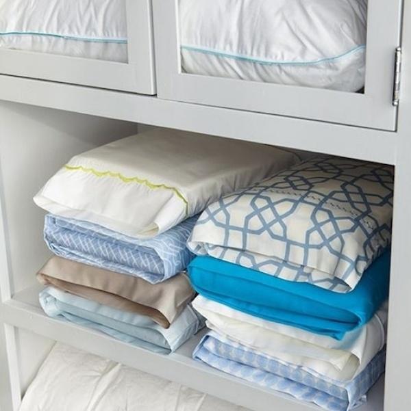 хранить постельное белье