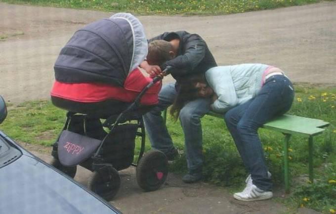 родители спят