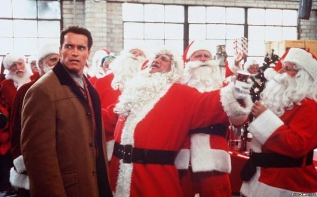Подарок на Рождество (США, 1996). Чисто комедийный фильм, в котором вечно занятой отец гоняется по городу в поисках подарка для сына