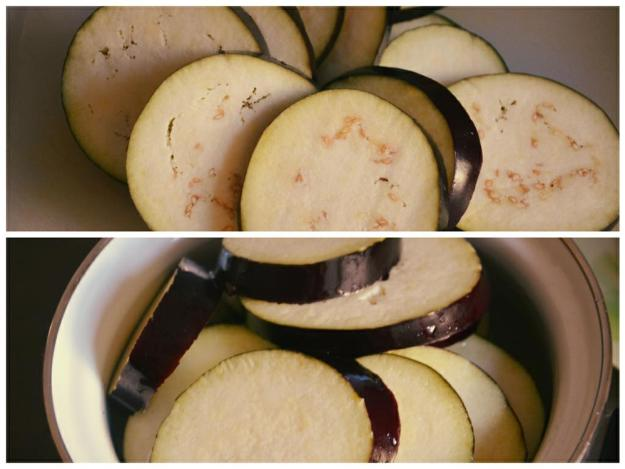 Чтобы баклажан не горчил, его нужно оставить на полчаса в соленой воде перед тем, как начать готовить