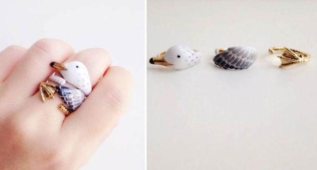 кольцо с лебедем
