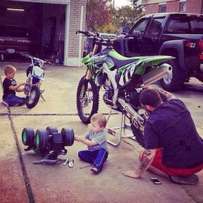 мальчики с папой