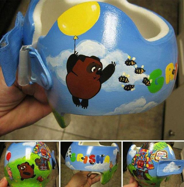 разрисованный детский шлем