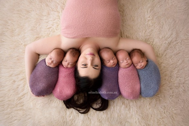 мама с пятерняшками