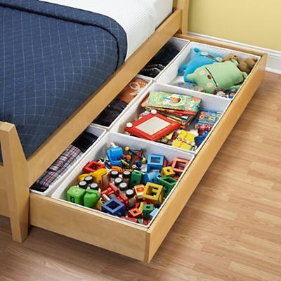 хранение игрушек в ящиках под кроватью