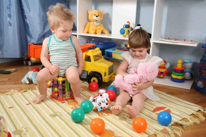 12 развивающих игрушек