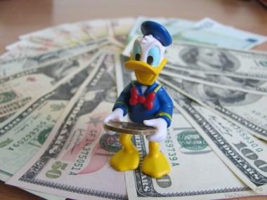 Советы, которые помогут сформировать правильное отношение ребенка к деньгам