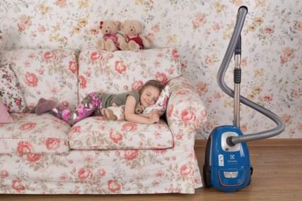 9 способов добиться от детей помощи в уборке