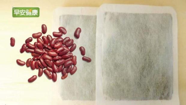 外用就能散寒、通經絡!自製「紅豆暖暖包」去濕活血,加熱就能重複用~