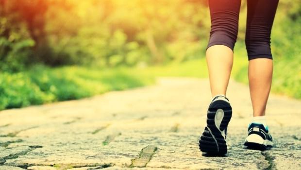 走對路就能甩掉90%病痛!一次收藏,從高血壓到癌症的「9種對症走路法」