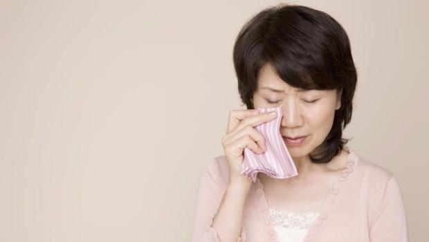 明明沒生病卻老是要子女陪就醫?面對家中長輩的「過度依賴」,你該這樣做