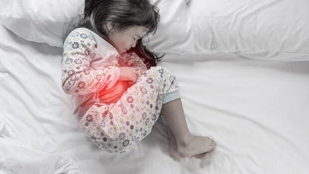 疾病百科》小孩腹痛哭鬧...恐是致命的「腸套疊」,小心敗血性休克!用3關鍵即時判斷,不錯過黃金治療期