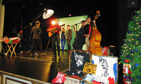 Hilmer & Himson and The Greasemarks onstage