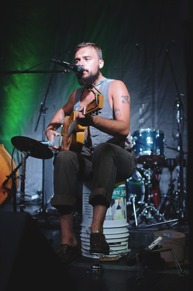 The Vaudevillian performing at Supercrawl 2015