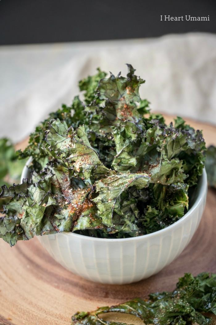 Oven baked and roasted kale chips Recipe