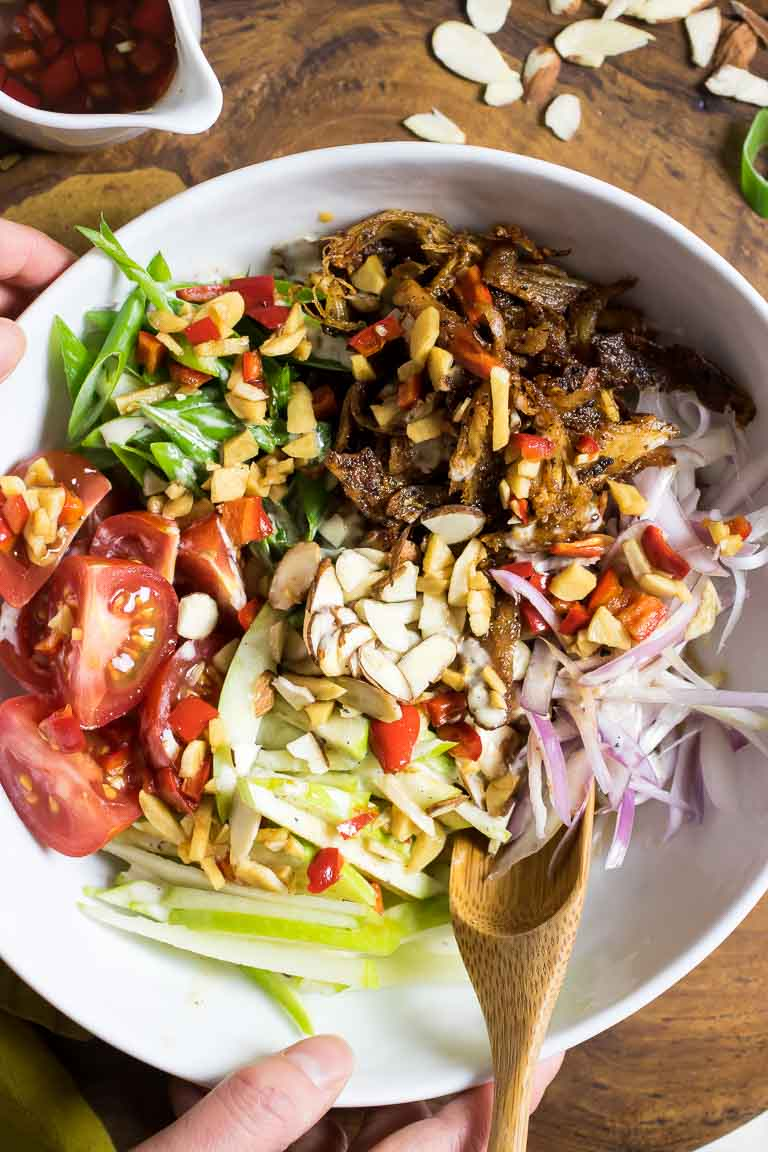 Whole30 Paleo Crispy Thai Chicken Salad Recipe with Apples in Thai salad dressing.