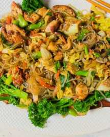 Korean Sweet Potato Noodles Paleo Japchae Stir-Fry with Chicken and Cabbage Recipe No soy, gluten, wheat and dairy.
