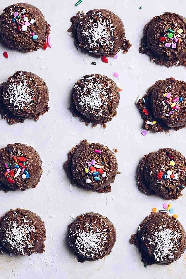 Paleo No Bake Christmas Cookies Gluten Free Easy I Heart Umami