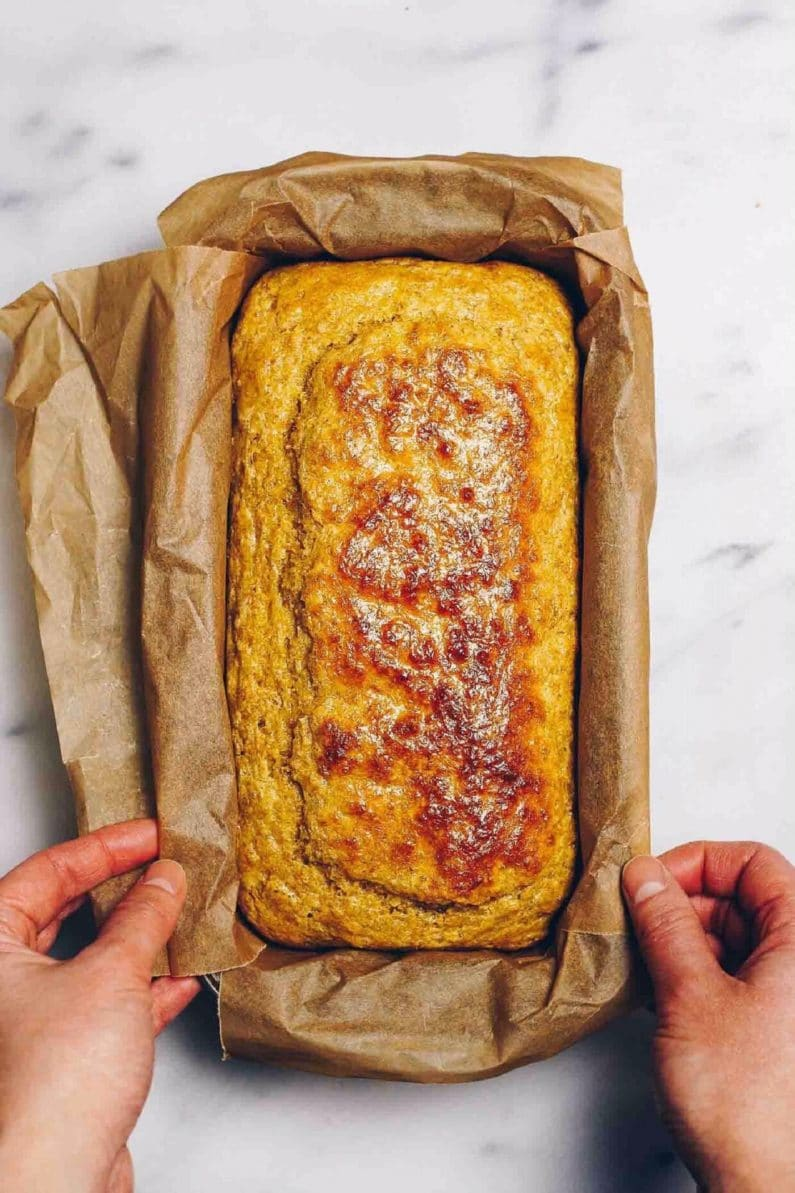 Easy Paleo Sandwich Bread recipe is low carb, keto, gluten-free with whole foods ingredients from I Heart Umami.