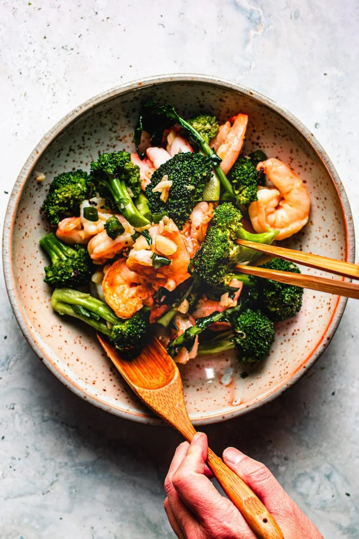 Ginger Garlic Shrimp stir-fry with Broccoli I Heart Umami