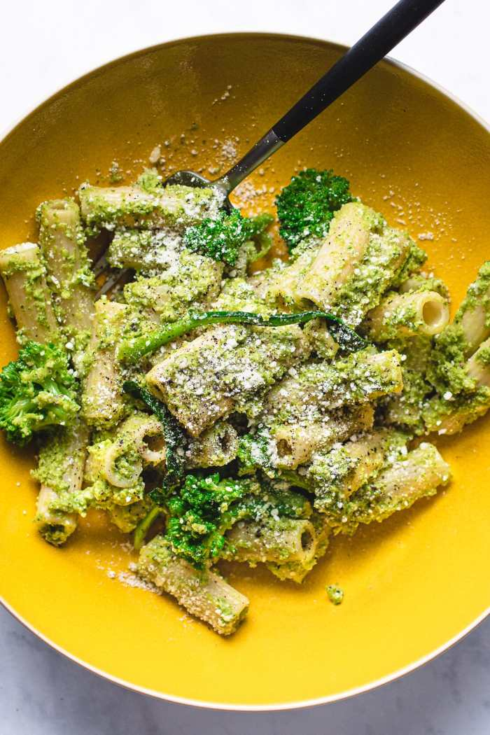 Finishing photo presentation for broccoli pesto pasta