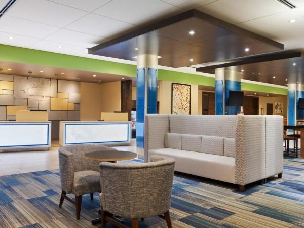 Holiday Inn Express & Suites Edinburg-McAllen Area Hotel ...