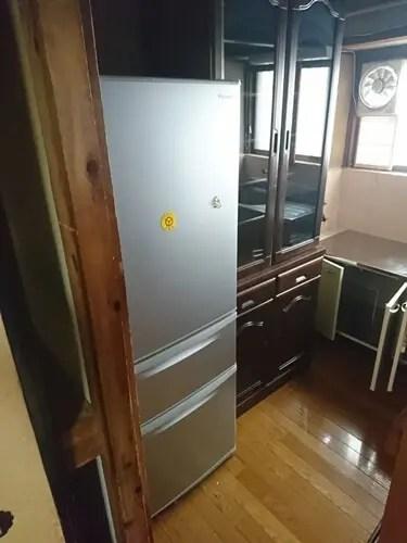 冷蔵庫や食器棚などの大型家具や粗大リサイクル家電の処分も任せて安心 トリプルエス 大阪
