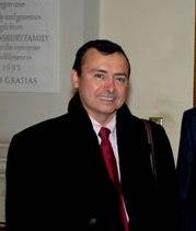 Hugo I. Llanos Mardones designado embajador de Chile en Irán