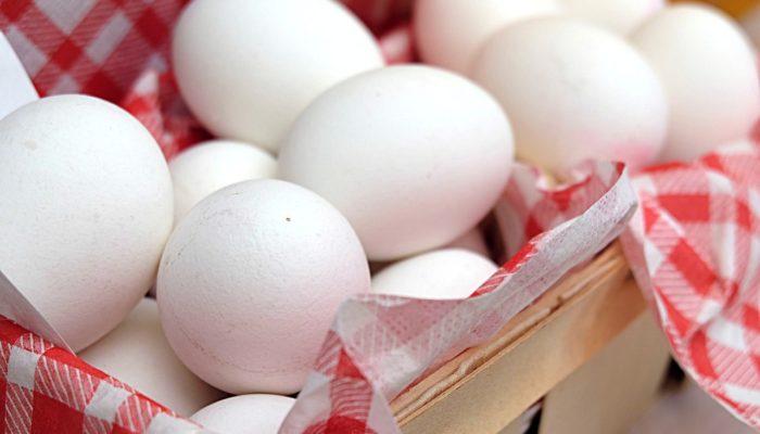 Holdbarhed køleskab udenfor æg kogte Sådan opbevares