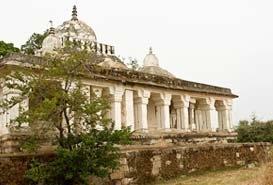 Bandhavgarh Fort in India
