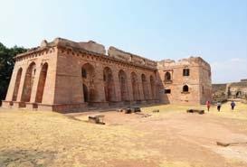 Hindola Mahal Mandu Madhya Pradesh