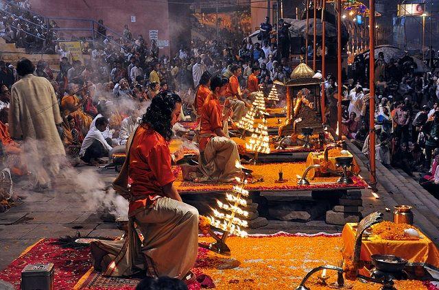 Varanasi Arti, Vacation in India