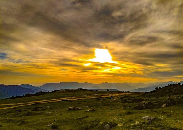 The spectacular sunset, Chakrata