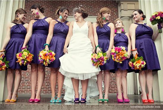 Kurze Brautjungfernkleider lila
