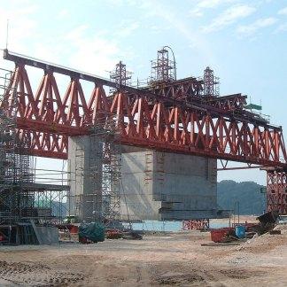 IHS Heavy Lift Equipment