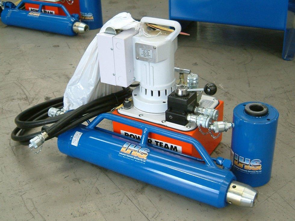 IHS Mono Stressing Jack & IHS PE554 Stressing Pump
