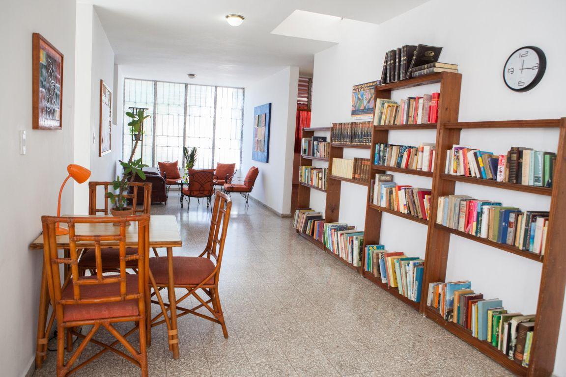 IIC Santo Domingo Accommodation School apartment3 inside IMG2977_ST