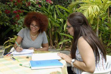 IIC Santo Domingo School Teaching private outdoors in the Garden DSC4638_CB(1)