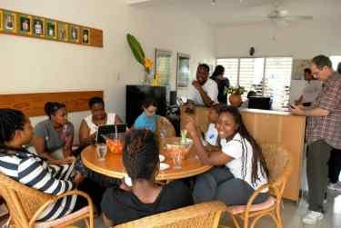IIC Santo Domingo School inside DSC4203_CB