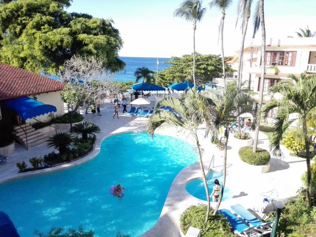 IIC Sosua Hotel SosuabytheSea Pool2