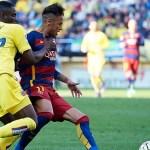 [#Football] : (Video) Barcelona superstar Neymar leaves Malaga defender on his back after incredible skill