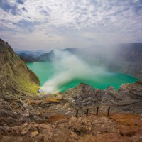 10 THE BEST PHOTO SPOT OF KAWAH IJEN