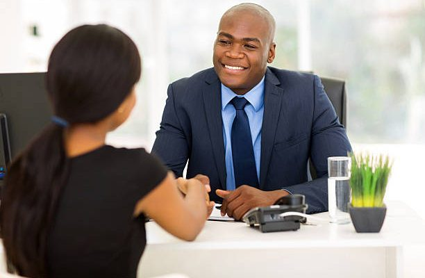 Sales Consultant required immediately: APPLY NOW
