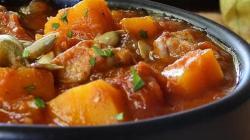 Рецепт тушеная свинина с тыквой на сковороде