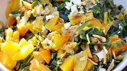 салат из желтой свёклы с миндалем