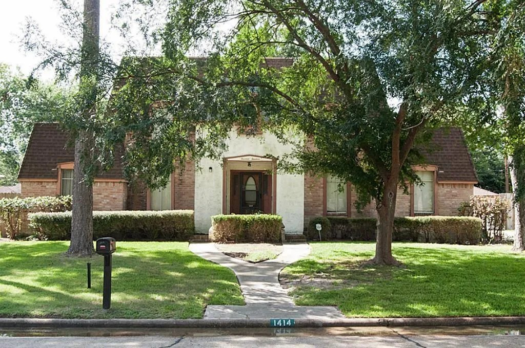 We have 4,663 luxury homes for sale in houston, and 36,478 homes in all of texas. Houses With Pools For Sale In Houston Tx Zerodown