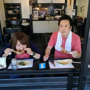 """""""西多摩マルかじり""""をご覧になって4月22日に来て下さったご家族の、今度は息子さん夫婦がご来店下さいました以前、前を通りかかった時に気になっていらしたそうで「姉たちが行ったと聞いて僕たちも来ました」との事でした有難い事です🤗ご来店ありがとうございました http://ikadamitake.com#蔵 #筏 #ikada #japan #Tokyo #mitake #御岳 #御岳山 #mitakesan #御岳山ロックガーデン #武蔵御嶽神社 #多摩川 #御岳渓谷 #奥多摩 #ブドウ山椒 #おにぎり #味玉 #tasty #バイク #ロードバイク #カヌー #カヤック #リバーSUP #デッドエンド #ジムニー #ペット可"""
