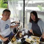 奥多摩ドライブ中に炭鳥ikadaにお立ち寄り下さったご夫婦です風太くんは雑種だそうですが、シュナウザーがお父さんかお母さんなのでしょうか? 風太くんが、むかし鳥に舌なめずりしているところをパチリご来店ありがとうございましたhttp://ikadamitake.com#炭鳥 #蔵 #筏 #ikada #Tokyo #mitake #御岳 #御岳山 #mitakesan #御岳山ロックガーデン #武蔵御嶽神社 #多摩川 #御岳渓谷 #奥多摩フィッシングセンター #奥多摩 #ブドウ山椒 #おにぎり #味玉 #tasty #バイク #ロードバイク #カヌー #カヤック #リバーSUP #デッドエンド #ジムニー #ペット可 #奥多摩ドライブ