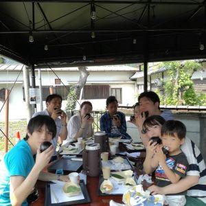 #リバーベースHalau さんからのご紹介で、ご予約で来て下さった8名様ですリバーSUPを楽しんだ後、炭鳥ikadaでお昼ごはんにして下さいました ご予約のお電話を頂いてまもなく、今日はむかし鳥が売り切れてしまいました間に合って良かったです🤗ご来店ありがとうございました http://ikadamitake.com 営業時間11~17時(夏季)木曜定休(祭日は営業)※むかし鳥、ばくだんは数に限りがございます。1個からお取り置き致します♪Tel.0428-85-8726#炭鳥 #蔵 #筏 #ikada #むかし鳥 #mitake #tokyo #御岳 #御岳山 #御岳山ロックガーデン #武蔵御嶽神社 #多摩川 #御岳渓谷 #ランチ #奥多摩フィッシングセンター #奥多摩 #ブドウ山椒 #おにぎり #味玉 #バイク #ロードバイク #カヌー #カヤック #リバーSUP #ラフティング #デッドエンド #ジムニー #ペット可